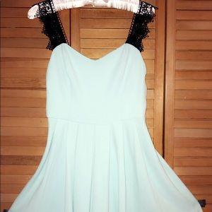 BRAND NEW TRAC 👗 DRESS 👗
